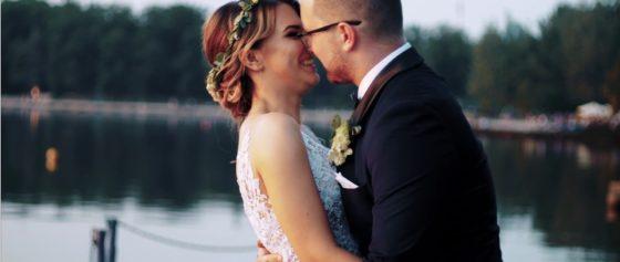 Piękny ślub Martyny i Karola nad jeziorem w Tychach.