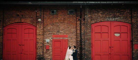 Niezwykłe industrialne wesele w Sztygarce oraz ślub w Bazylice wraz z Martą i Kubą